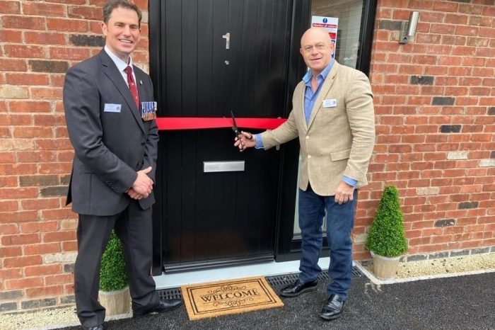Herefordshire military veteran housing officially opened by Ross Kemp
